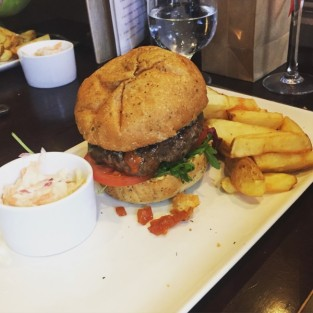 Beef and rosemary burger - The Magnum