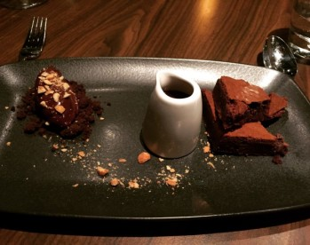 Chocolate Brownie - Dine
