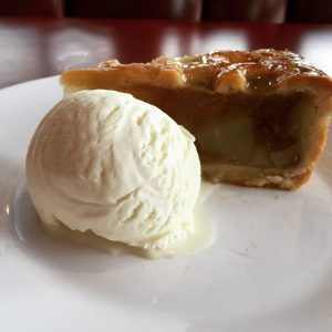 Apple Pie - Ed's Easy Diner