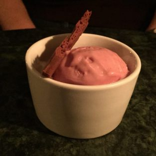Raspberry ice cream - Bon Vivant