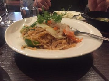 Chicken Pad Thai - Chaophraya