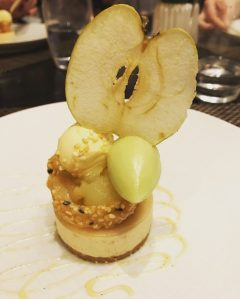 Apple and mascarpone cheesecake - Castle Terrace