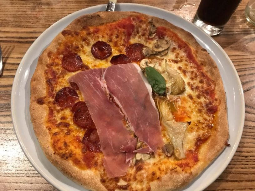 Quattro stagioni pizza - Mia