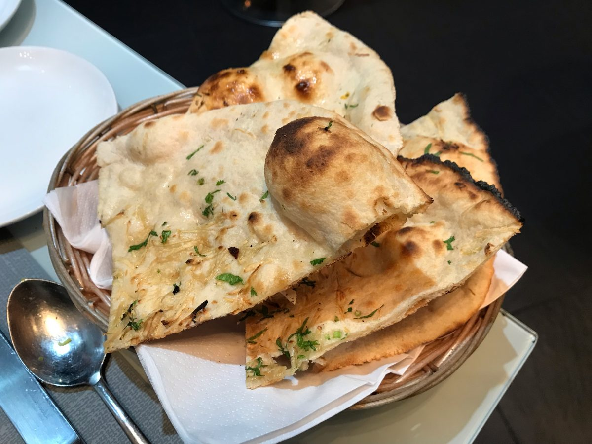Garlic naan - Konkana